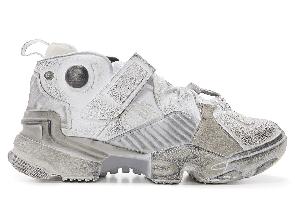 Sepatu Reebok Vetements