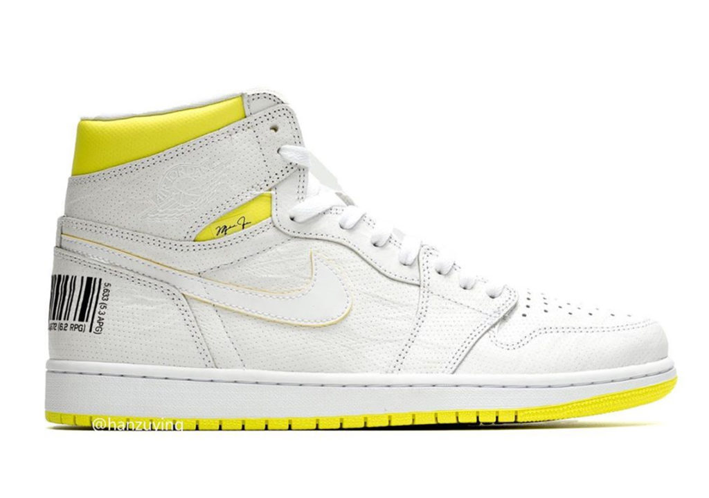 Sepatu AIr Jordan 1 First Class Flight Retro Hi Sneakers Terbaru